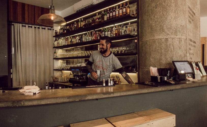 Bar do restaurante La Central, em São Paulo.