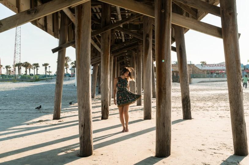 Pier de Daytona Beach visto de baixo
