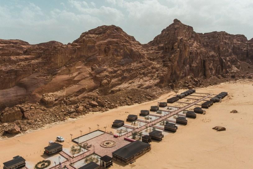 Acampamento no deserto na Arabia Saudita.