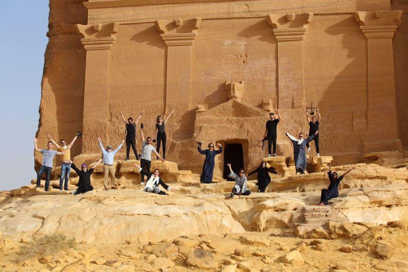 Grupo de estudantes do Gateway KSA, programa educacional na Arabia Saudita.
