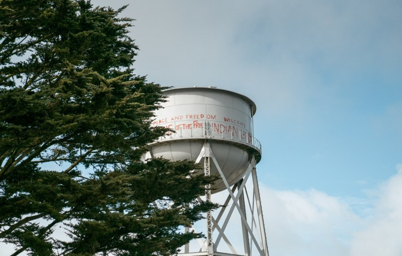 Grafite de indios em Alcatraz, ilha dos Estados Unidos
