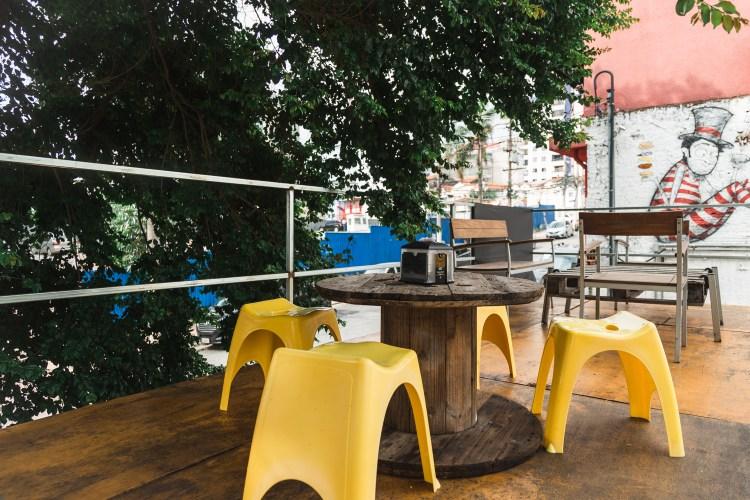 Decoração do Luz, Camera, Burguer, hamburgeria na Vila Mariana, em São Paulo