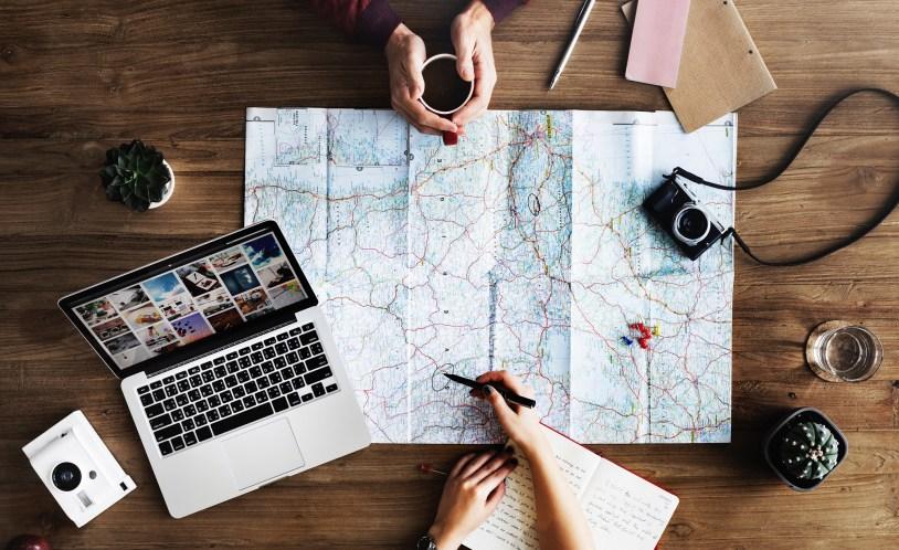 Planejamento de viagem é uma resoluçao do viajante para viajar mais