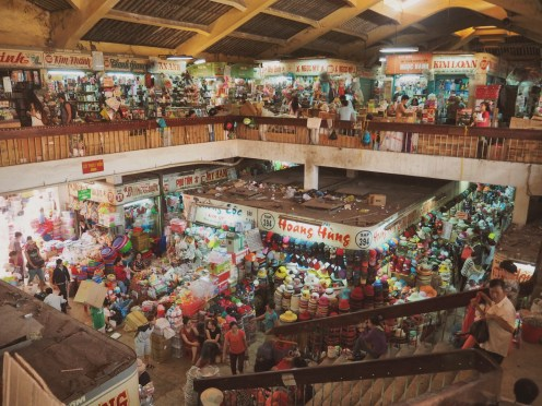 Binh Tay Market Interior - Ho Chi Minh ©Delicieusevie