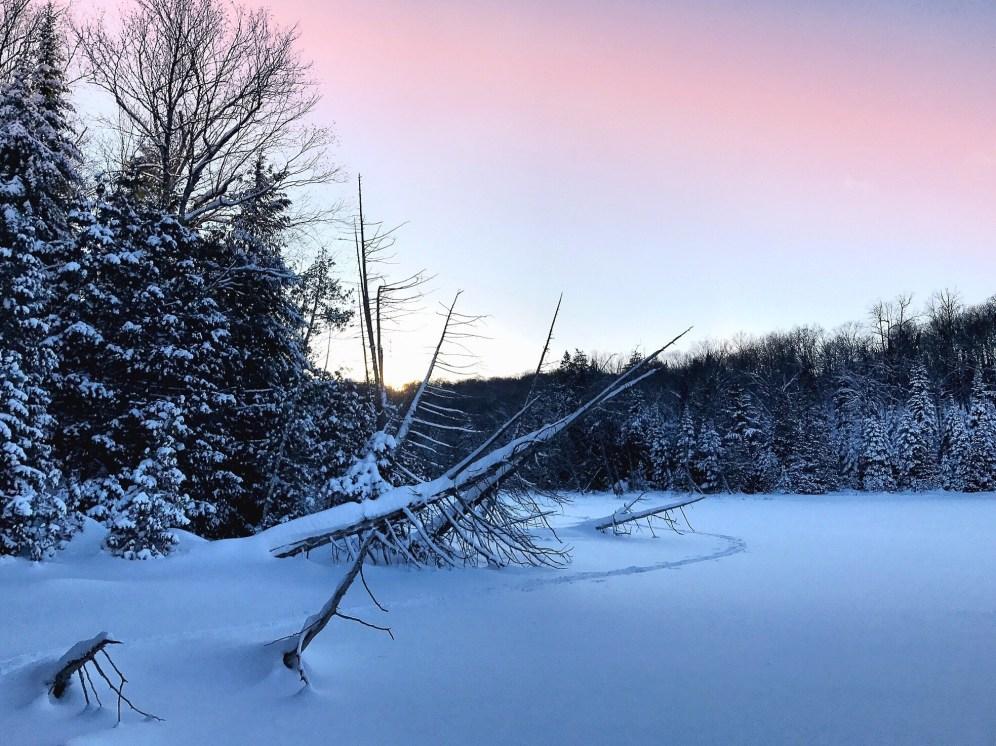 Sunset Morin Heights Corridor ©delicieusevie