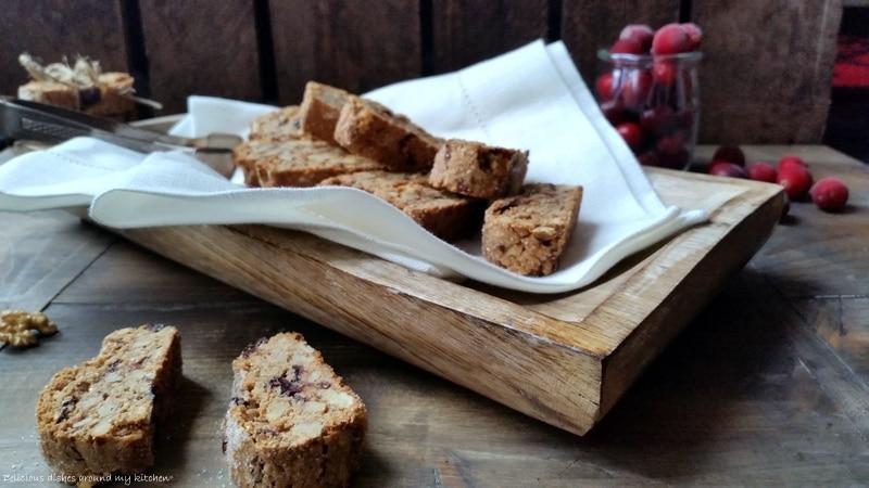 Walnuss- Cantuccini mit Cranberries