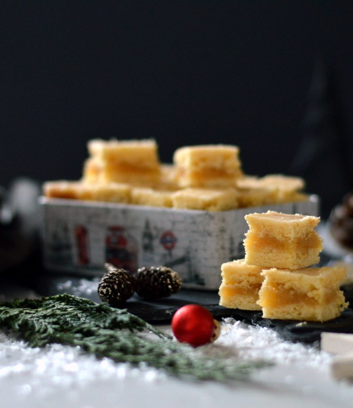 Weihnachtliche Vorfreude im Quadrat- Limettenwürfel mit Marzipan