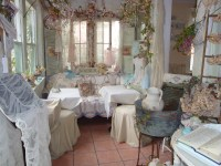Tea Time at the Garden Gate | The Delicious Divas