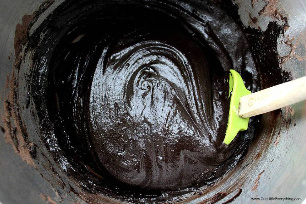 Dark Chocolate Mint Cupcake Batter