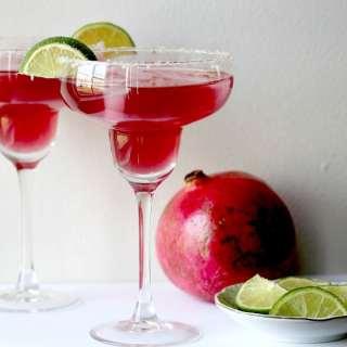 Mixed-Up Pomegranate Lime Margarita Recipe
