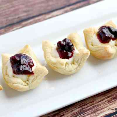 How to Make Puff Pastry Cups (2 Ways)