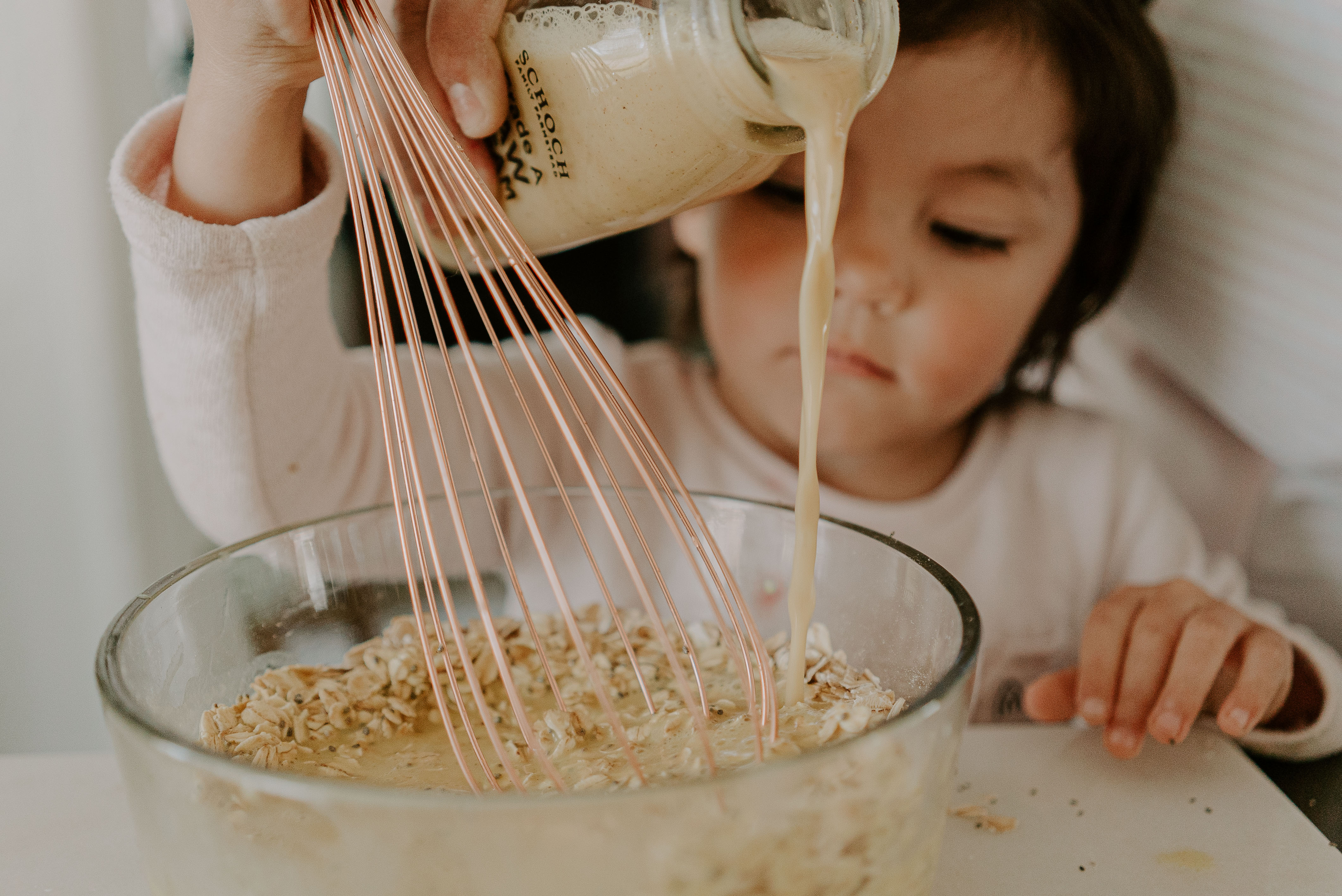 How to Make Oat Milk (An Easy Guide)