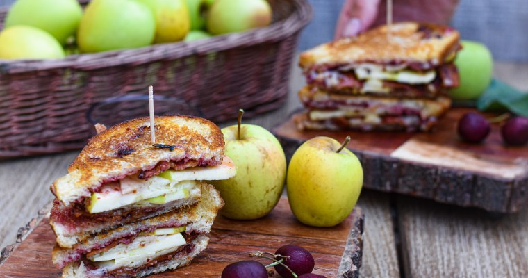 Apple Cheddar and Bacon Panini