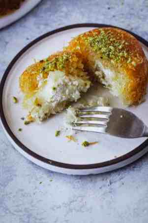 knafia_mini_cakes