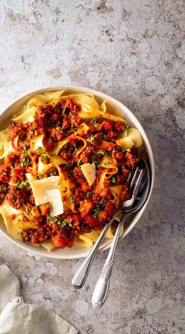 Instant-pot Bolognese and pasta in a bowl