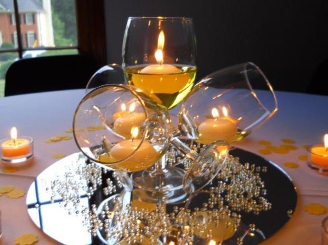 trendy glass centerpieces display ideas