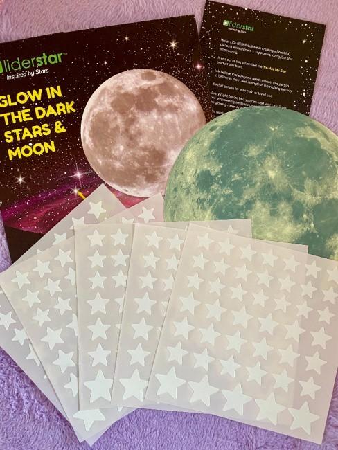 Liderstar Glow In The Dark Moon & Stars Sticker Set Giveaway ~ Ends 12/19 @LIDERSTARSTUDIO @DeliciouslySavv #MySillyLittleGang
