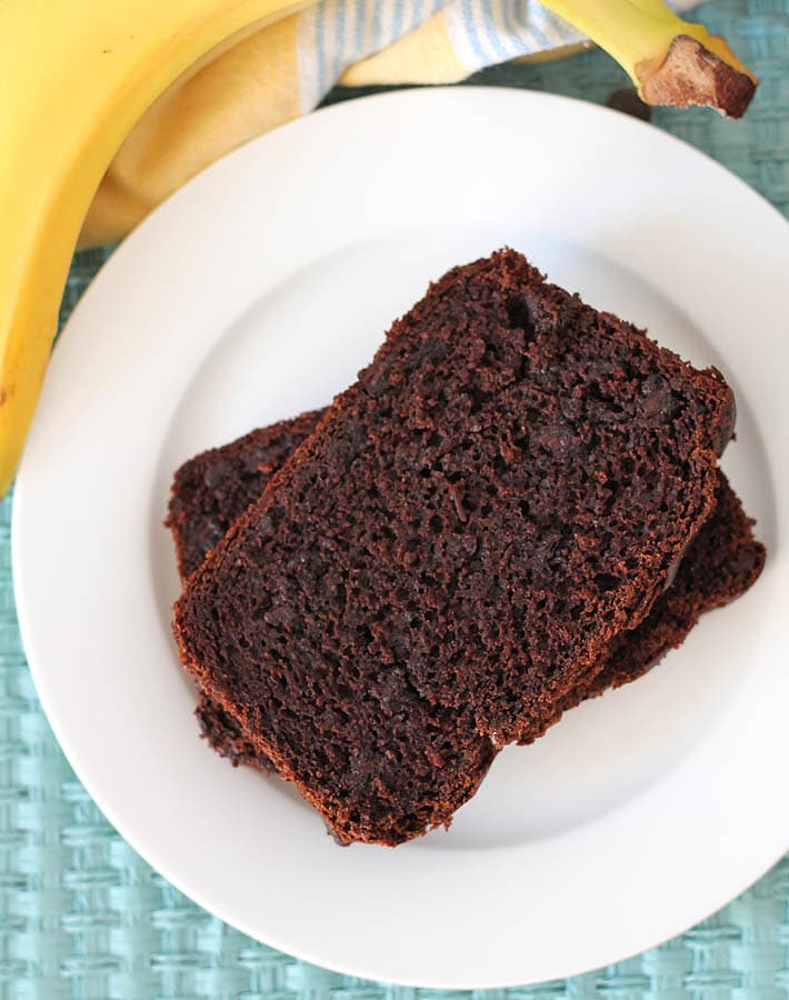 Bake a loaf of this easy, chocolaty, gluten free, vegan chocolate banana bread and enjoy a slice at breakfast, brunch, with tea, or for snacks!