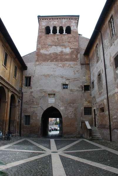Underground Rome Tour_Chiesa dei Santi Coronati entrance
