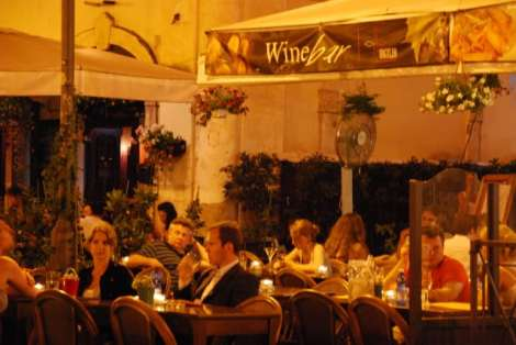 Visit Rome_night_Campo dei fiori_Wine bar_01