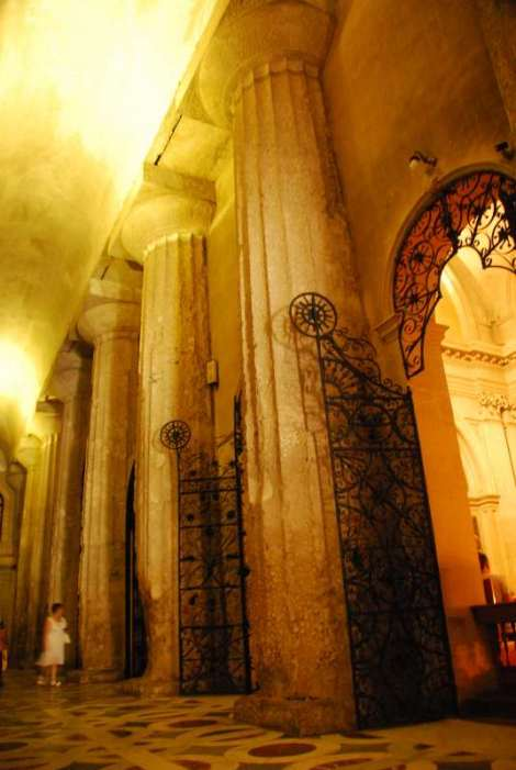 Siracusa_cathedral insight2