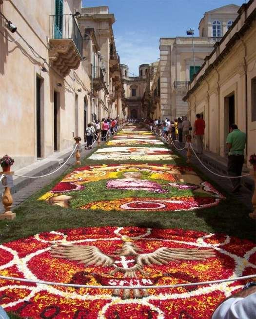 Noto Sicily_Infiorata