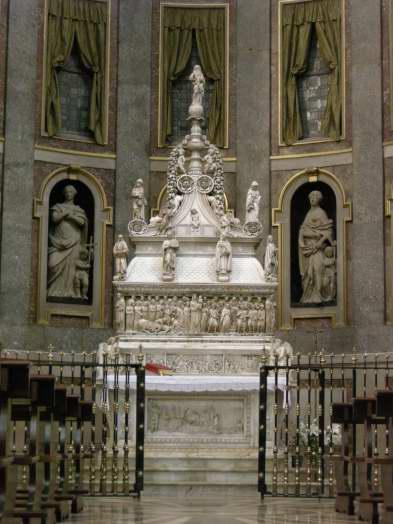 Visit Bologna_San Domennico_Arca San Domenico3