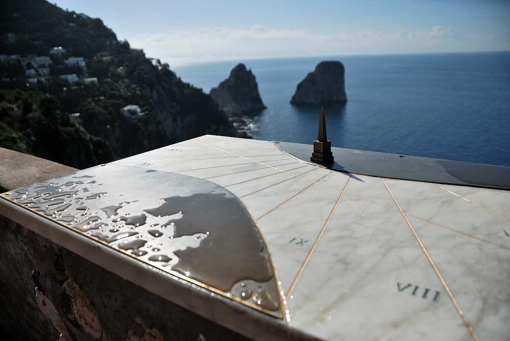 capri walking itinerary breathtaking faraglioni and natural arch. Black Bedroom Furniture Sets. Home Design Ideas
