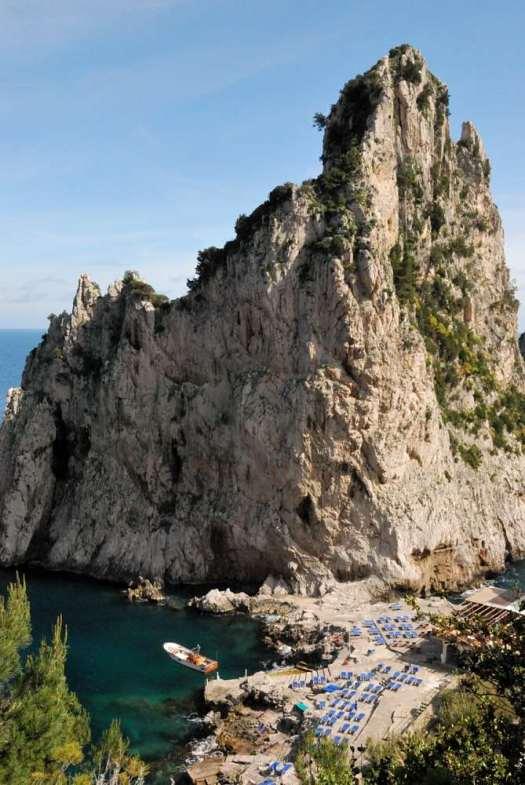 """Capri walking itinerary - The Faraglioni and the Da Luigi restaurant and """"beach"""""""