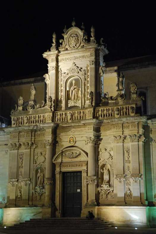 www.delightfullyitaly.com_lecce-by-night_4_169