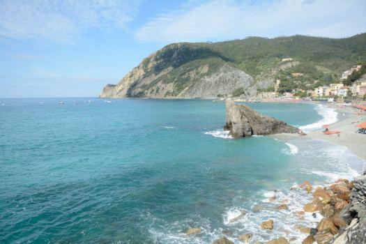 Monterosso_Cinqueterre_Delightfullyitaly_1.com