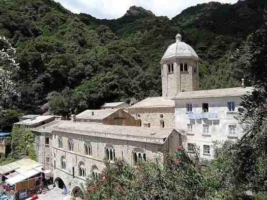How to visit Portofino_Monastery San Fruttuoso