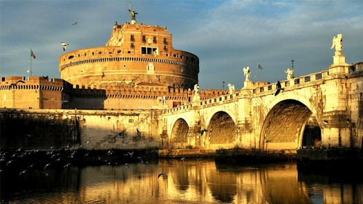 Visit Castel Sant'Angelo - view from the Tiber river bank