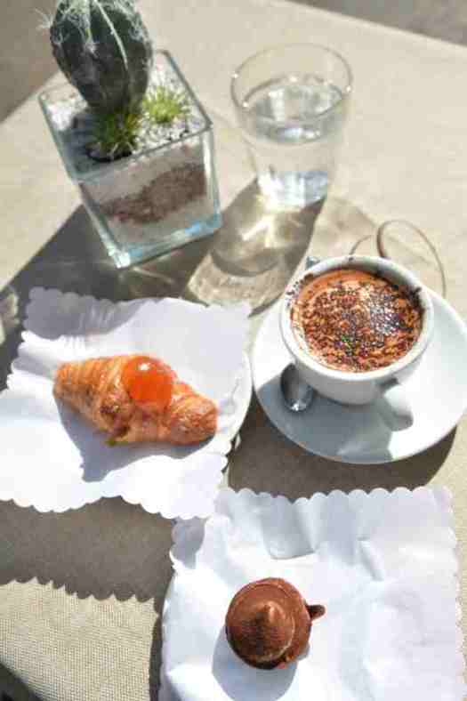 Rome food walking tour - Cappuccino, Croissant and Tiramisu