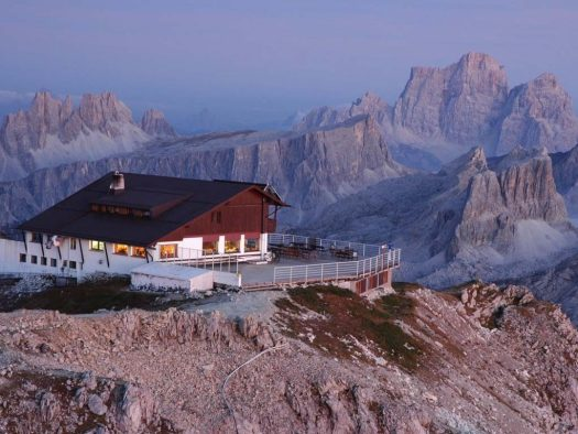 Visit the Dolomites - rifugio Lagazuoi