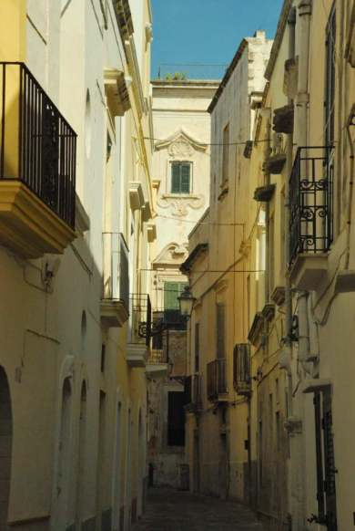 www.delightfullyitaly.com_Gallipoli_33