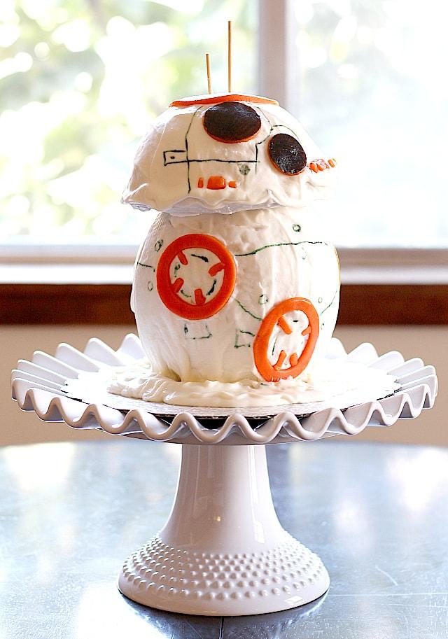 Star Wars BB8 Droid Cake