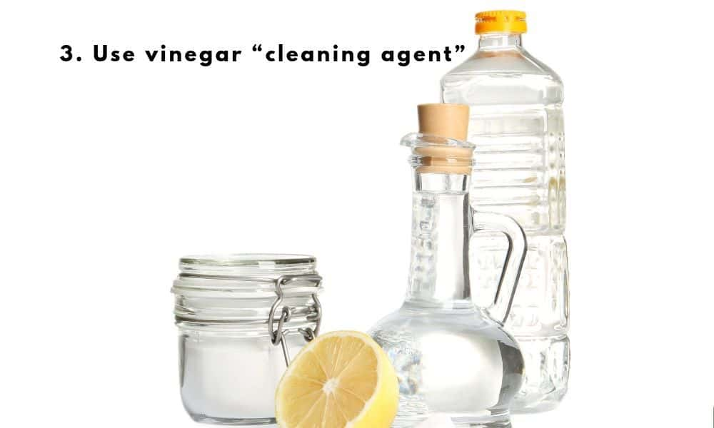 vinegar used as cleaning agent
