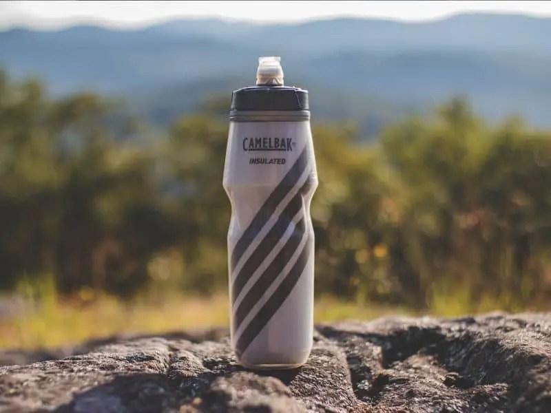 gray camelbak insulated water bottle