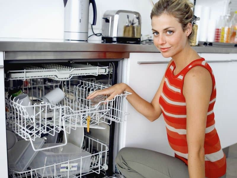 dishwasher to clean the water bottles