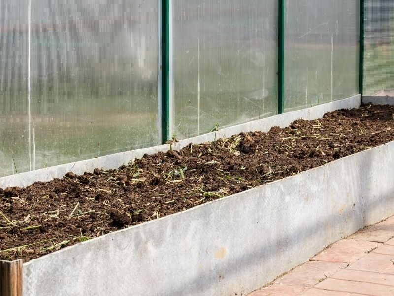 Polycarbonate use as greenhouse