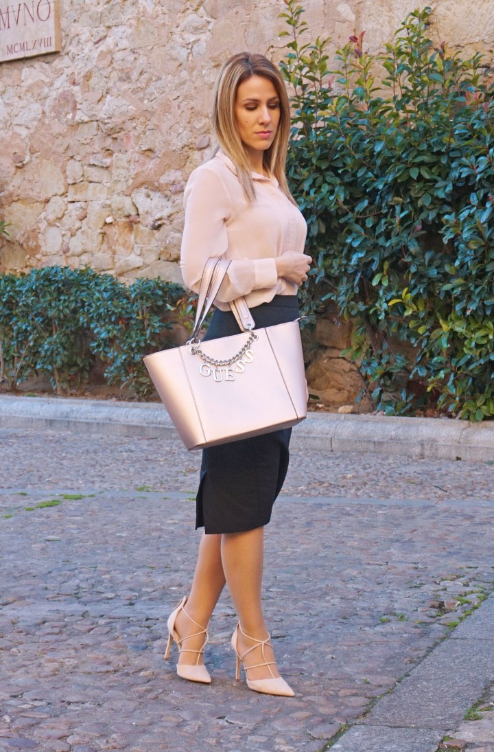 deliria rose_bolso guess3
