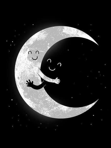 La luna abraza