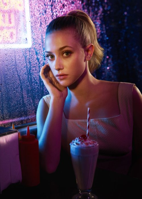 Riverdale - Betty Cooper (Lily Reinhart)