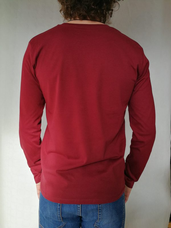 Camiseta rebeldia manga larga color burgundy hombre