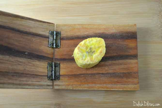 Tostones (Fried Plantains) with MayoKetchup | Delish D'Lites