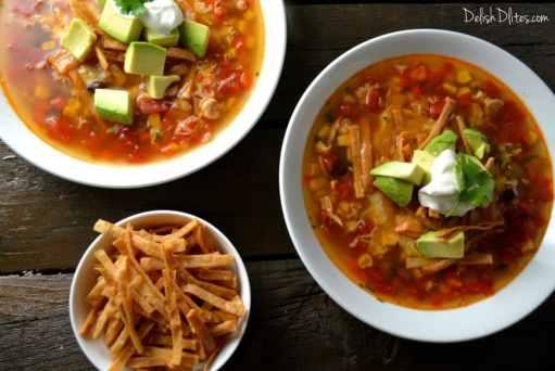 Slow Cooker Chicken Tortilla Soup | Delish DLites
