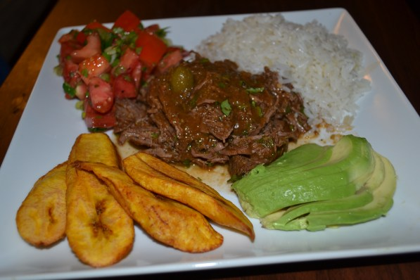 Slow Cooker Ropa Vieja (Cuban Shredded Beef) | Delish D'Lites
