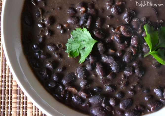 Frijoles Negros (Cuban Black Beans) | Delish D'Lites
