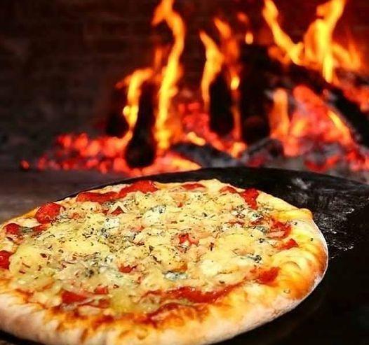 pizza-al-horno-barro-02-logo-Awkan-Delivery-Olavarria